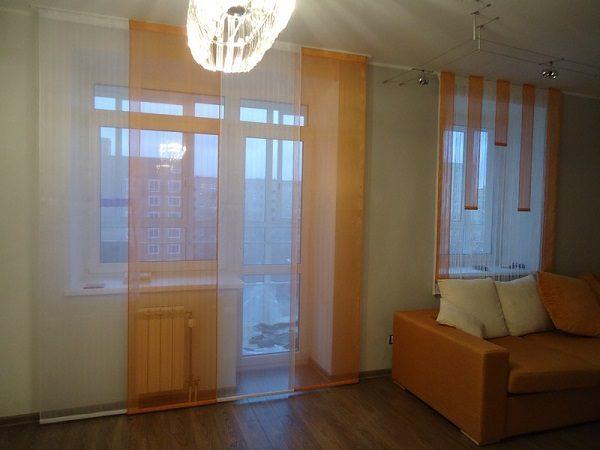 Японские шторы на окно с балконом