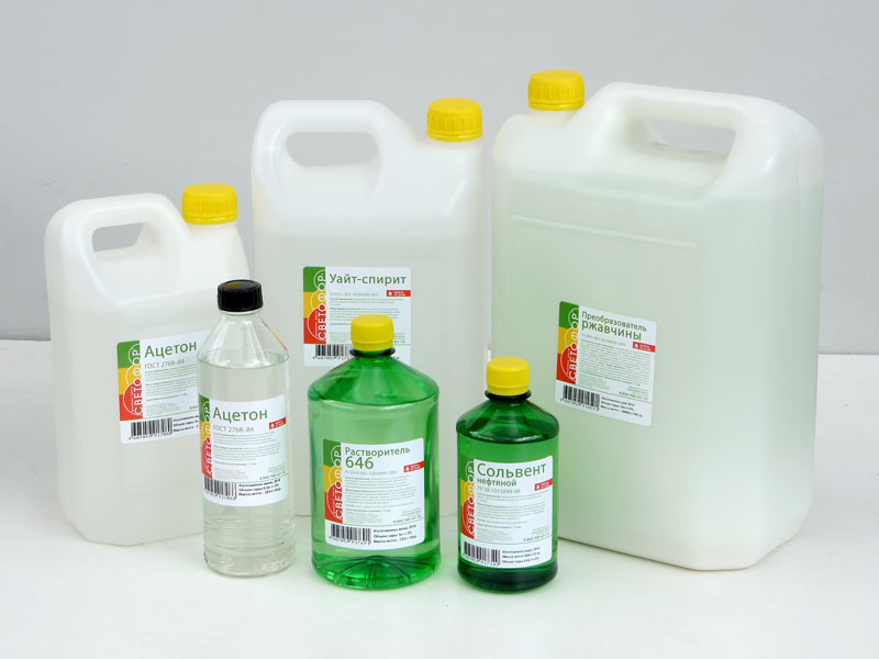 Уайт-Спирит и растворитель− универсальные средства для уборки