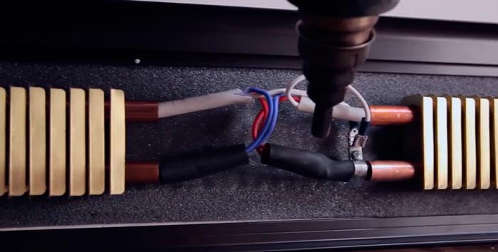 подключение проводов горячего электрического плинтуса