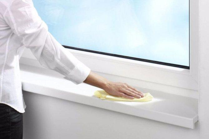 Как и чем отмыть белый пластик на окнах от водоэмульсионной, акриловой краски?